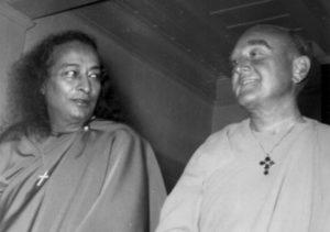 Paramhansa Yogananda and his foremost disciple, Rajarshi Janakananda.